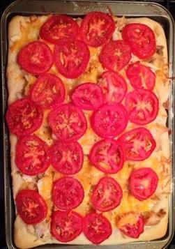 Deep Dish Chicken & TomatoPizza
